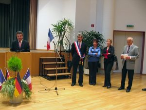 Ansprache des Dannstadt-Schauernheimer Bürgermeisters Bernd Fey aus Anlass der Partnerschaft der beiden Vereine